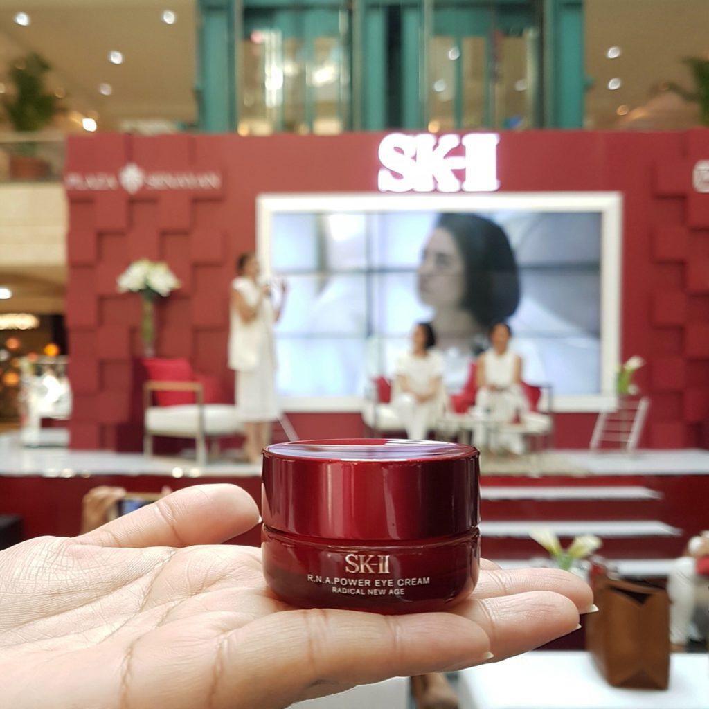 Kem dưỡng mắt SK-II RNA Eye Cream hàng chính hãng xách hãng