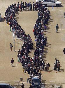 Trong lúc khó khăn nhất, người Nhật vẫn tôn trọng những quy tắc, nhường nhịn và yêu thương nhau.