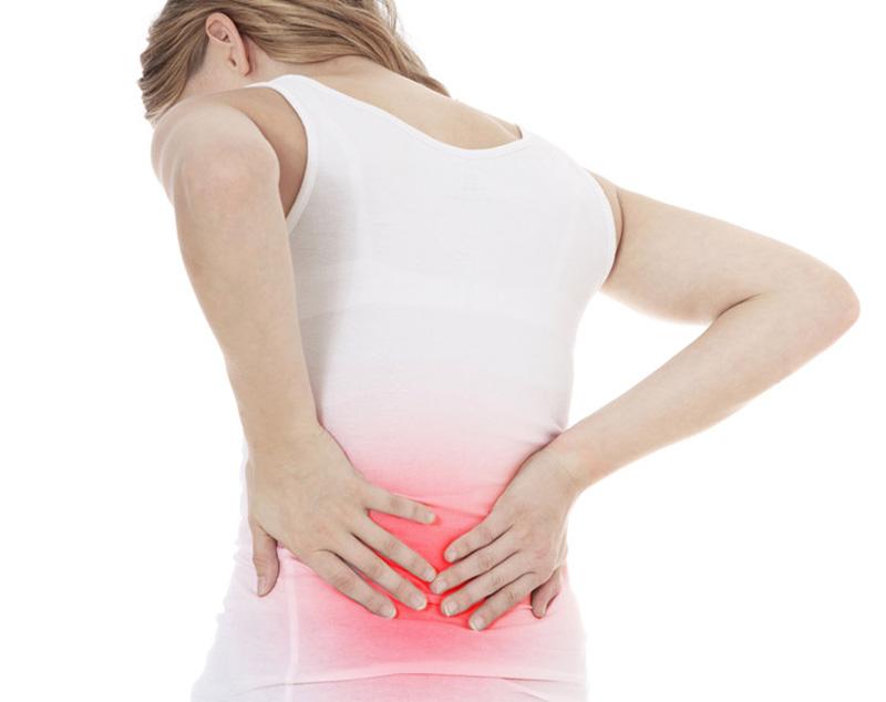 Cao dán salonpas giảm đau lưng